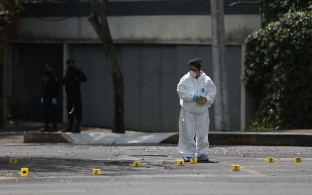 Velan a policía muerto durante atentado contra Omar García Harfuch - Zona de atentado contra el titular de la SSC-CDMX en Lomas de Chapultepec. Foto de EFE