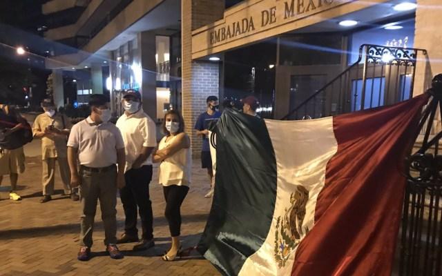 Esperan a López Obrador en la Embajada de México en Washington - AMLO López Obrador espera Embajada Washington