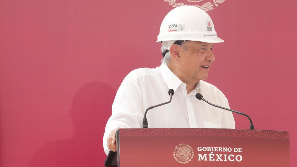 Se terminó contubernio entre delincuentes y malos funcionarios de Pemex, asegura AMLO - Foto de lopezobrador.org.mx