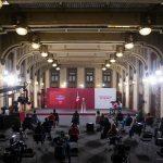 """AMLO revela las columnas políticos que hablan """"en positivo y en negativo"""" sobre él; conferencia (25-09-2020)"""