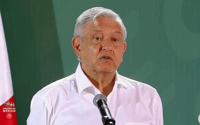 No puedo frenar posibles investigaciones contra Peña Nieto: AMLO - Andrés Manuel López Obrador en su conferencia desde Manzanillo, Colima. Captura de Pantalla.