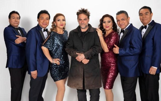 Los Ángeles Azules estrenan versión de 'Cómo te voy a olvidar' con Vicentico - Los Ángeles Azules con Vicentico. Foto de EFE