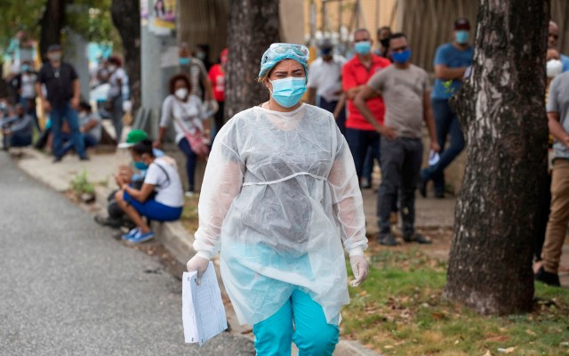 Casos diarios de COVID-19 en el mundo alcanzan nuevo récord - casos mundo coronavirus COVID-19