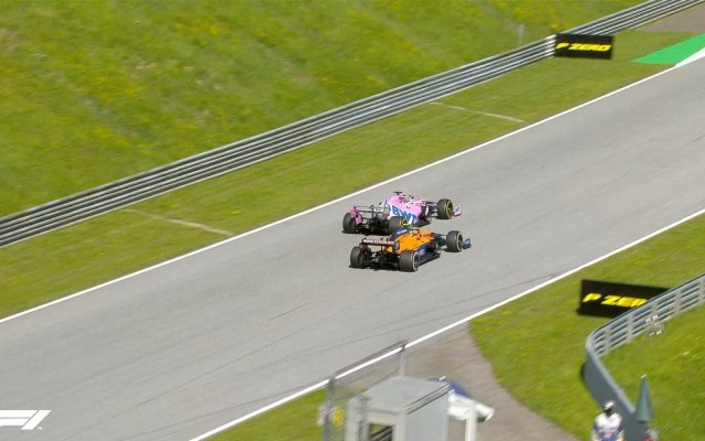 Bottas gana el GP de Austria; Checo Pérez termina en sexto lugar - En la imagen, Sergio 'Checo' Pérez rebasando a Lando Norris en la vuelta 32. Foto de F1.