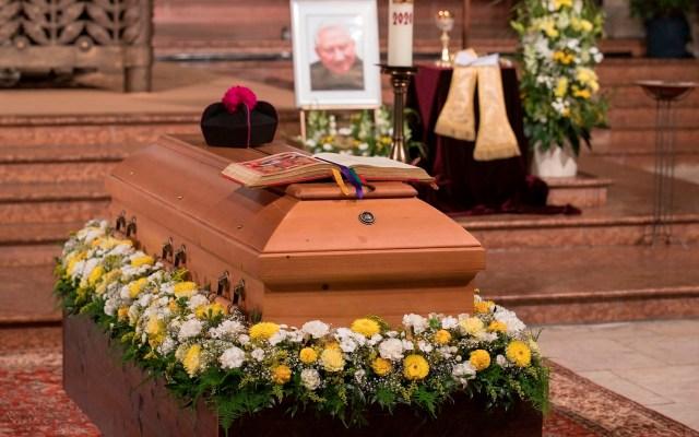 Georg Ratzinger fue un hombre de Dios que tuvo al centro de su vida la honestidad: Benedicto XVI - funeral Georg Ratzinger