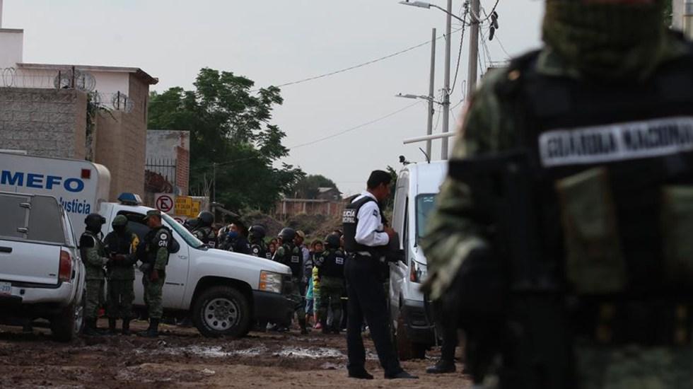 Asesinan a 24 hombres en centro de rehabilitación de Irapuato - Guardia Nacional y autoridades de Guanajuato en inmediaciones de centro de rehabilitación atacado. Foto de EFE