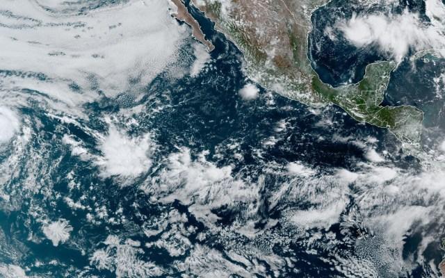 Douglas avanza como huracán categoría 3 hacia Hawaii - Huracán Douglas en el Océano Pacífico. Foto de EFE / NOAA