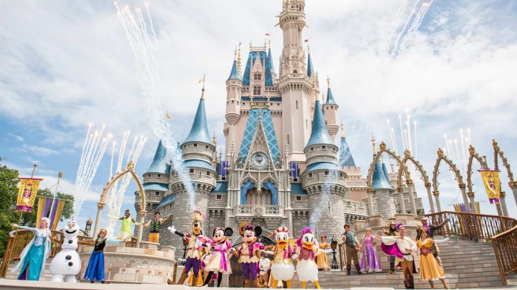 Disney despedirá a 32 mil empleados debido a la crisis por el COVID-19. Noticias en tiempo real