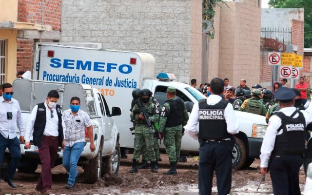 AMLO pide hacer cambios en instituciones de seguridad de Guanajuato tras masacre - Foto de EFE