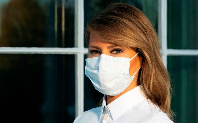 Melania Trump llama al uso de cubrebocas pese a escepticismo de su esposo - Melania Trump Estados Unidos cubrebocas