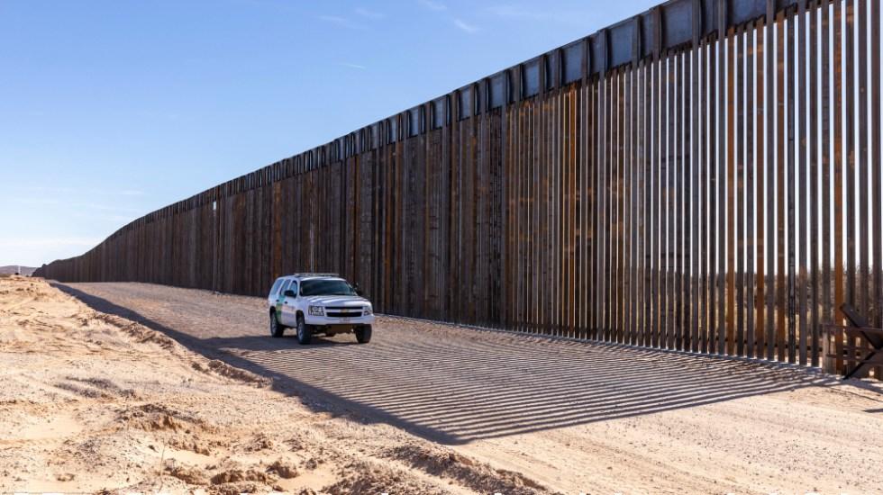 """AMLO califica de """"hecho histórico"""" que EE.UU. ya no construya muro fronterizo con México - Muro fronterizo de EE.UU. con México. Foto de CBP"""