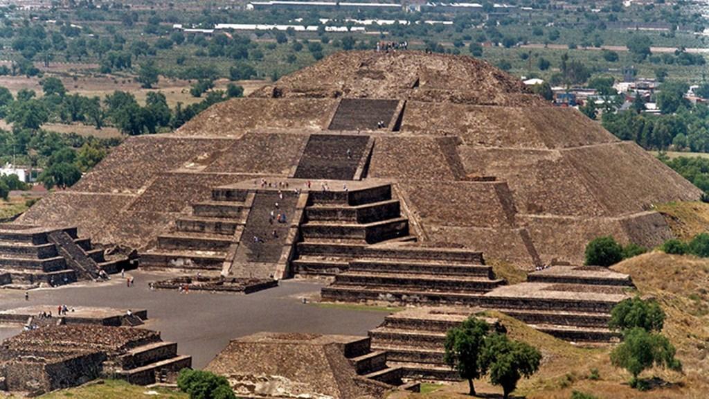 Reabrirán en septiembre zonas arqueológicas de México - La ciudad arqueológica de Teotihuacán, considerada centro vital de Mesoamérica, pudo haber sido trazada a partir de la Pirámide de la Luna, de acuerdo con expertos del INAH. Foto de INAH
