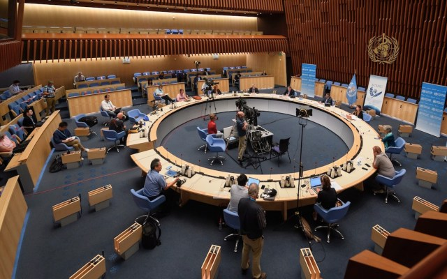 OMS llama a todos los países a reforzar su lucha contra el COVID-19 - Foto de EFE