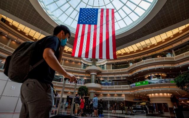 EE.UU. frena su reapertura económica con la llegada de nuevos máximos por COVID-19 - Foto de EFE