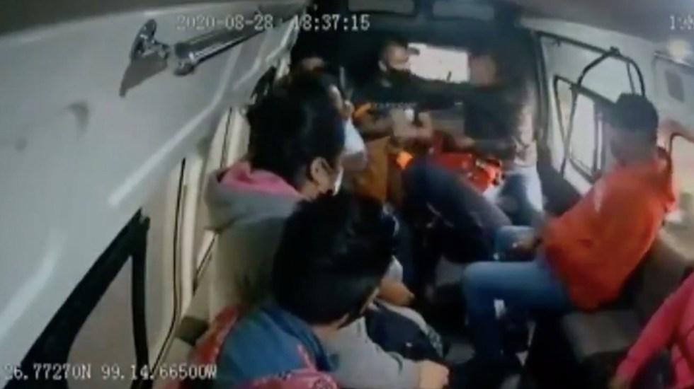 #Video Asaltantes disparan a pasajero en el abdomen para amedrentar a víctimas - Captura de pantalla