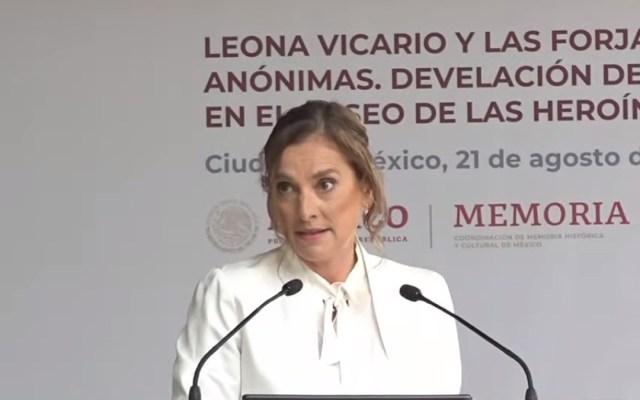#Video Leona Vicario dio dinero a la insurgencia y no la filmaron, sentencia Beatriz Gutiérrez - Beatriz Gutiérrez Müller en develación de estatua de Leona Vicario en la CDMX. Captura de pantalla