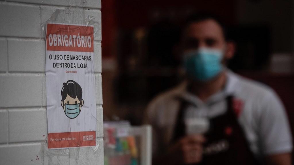 Detienen a funcionarios de Salud de Brasilia por presuntos fraudes en la compra de pruebas para COVID-19 - Foto de EFE