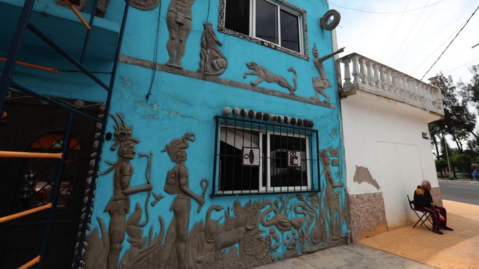 Recrean calmécac en fachada de casa de la Ciudad de México - Foto de EFE
