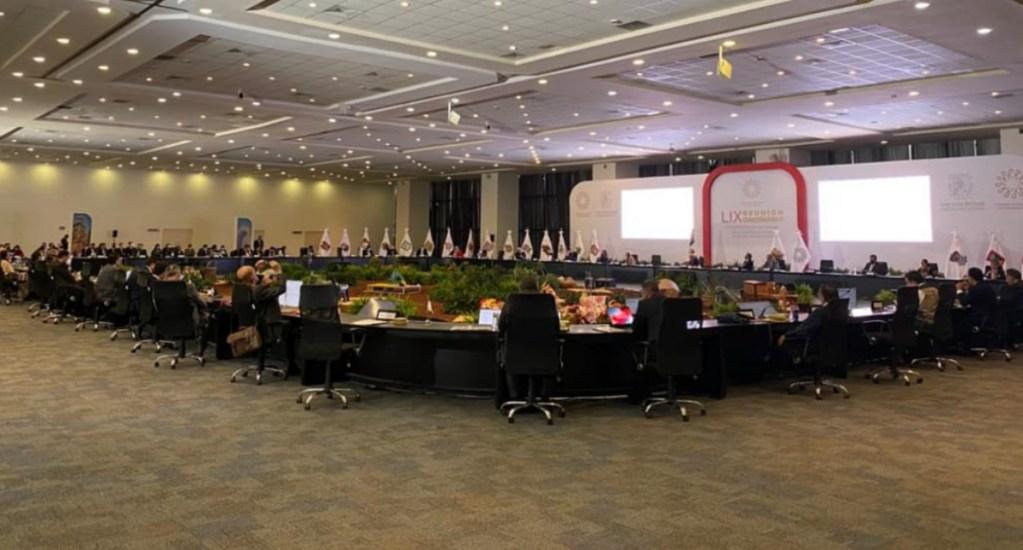 Gobernadores acuerdan con López Obrador revisar el pacto fiscal - Conago cumbre encuentro López Obrador 19082020