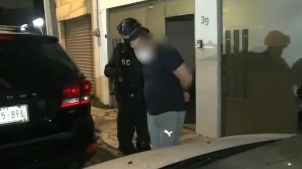 Detienen en la Ciudad de México a hermano de asistente de 'El Mijis' - Detención de hombre en la colonia Sifón Churubusco de Iztapalapa. Captura de pantalla / @SSC_CDMX
