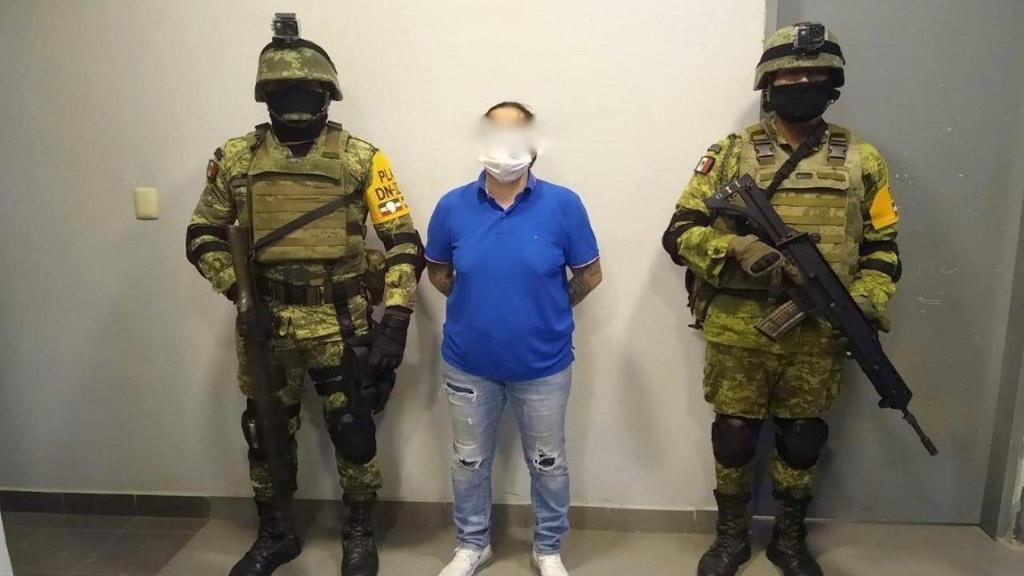 Detienen en Nuevo Laredo a 'La Teniente' integrante del Cártel del Noreste - Foto de La Voz del Pueblo
