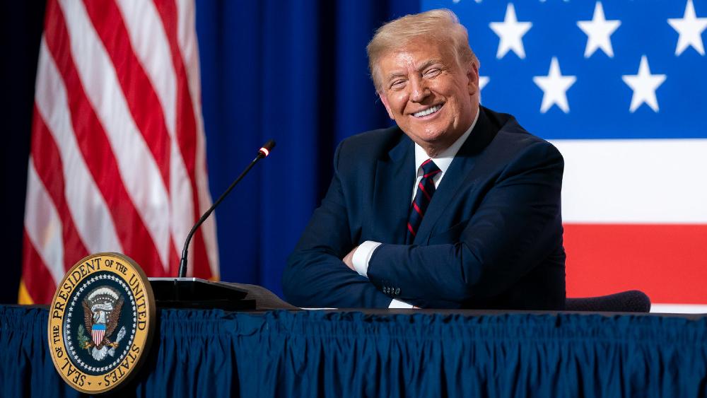 Trump responde a Michelle Obama que sin su marido él no sería presidente - Foto de The White House