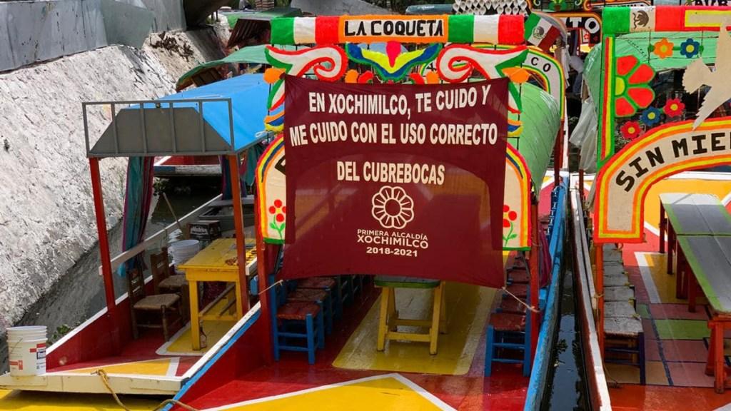 Reanudan en Xochimilco paseos en trajinera - Embarcadero de Xochimilco. Foto de @XochimilcoAlcaldiaOficial