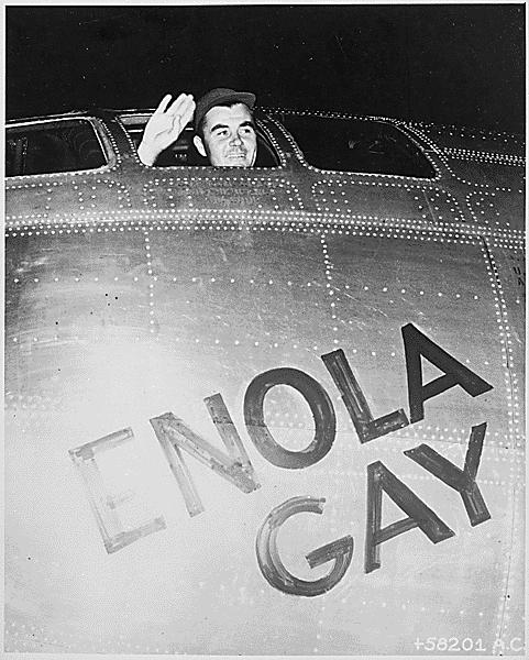 Enola Gay avión Hiroshima Japón