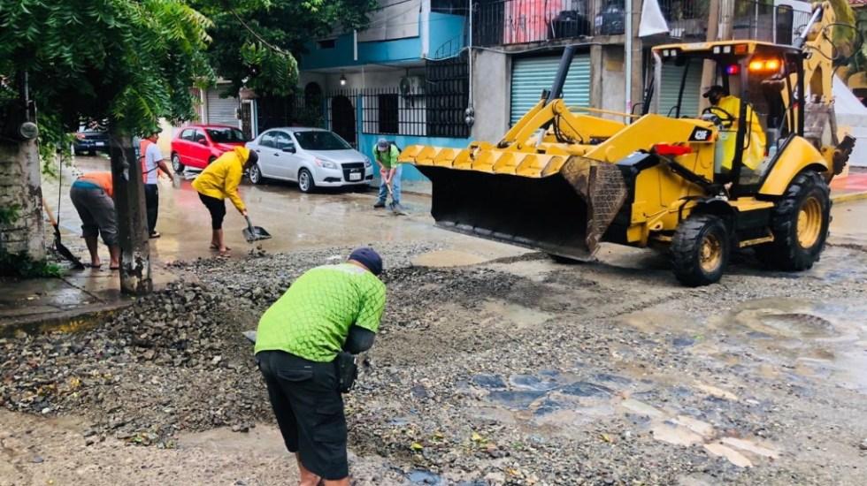 Continúan labores en Guerrero ante daños provocados por Hernán - Guerrero Zihuatanejo limpieza tormenta Hernán
