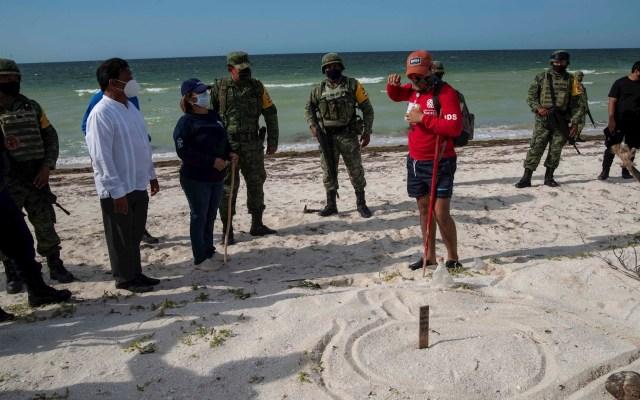Soldados protegen nidos de tortuga en playas de Yucatán - Militares tortugas Yucatán playa