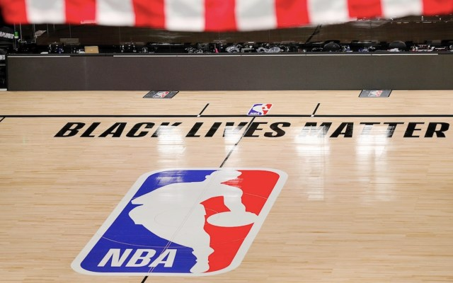 NBA reanudará playoffs este sábado tras protestas - Foto de EFE