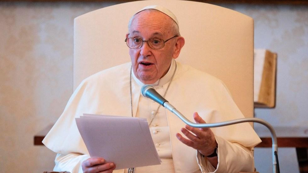 """""""Dios no necesita ser defendido por nadie"""", asevera papa Francisco - Foto de EFE"""
