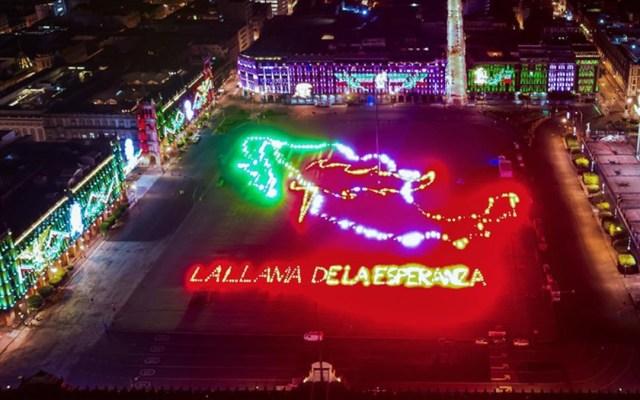 #Video Así luce la explanada del Zócalo de la CDMX por fiestas patrias - Adornos patrios en la explanada del Zócalo de la Ciudad de México. Foto de Eder Cruz
