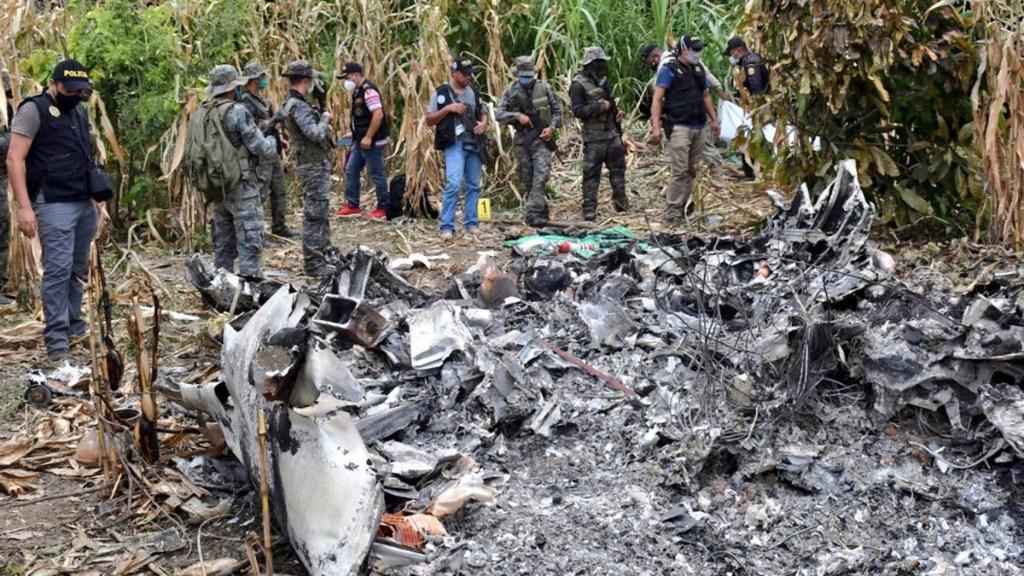 Investiga FGR caso de aeronave robada en Morelos y presuntamente accidentada en Guatemala - Aeronave accidentada en Guatemala, presuntamente robada en Morelos, México. Foto de @Ejercito_GT