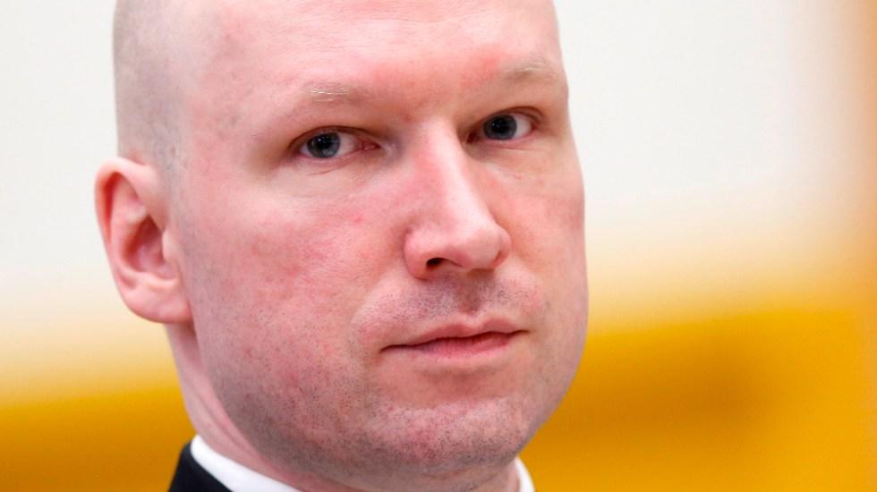 Breivik aspira a libertad vigilada, nueve años después de la matanza de Utøya - Anders Behring Breivik, autor del doble atentado en que murieron 77 personas en Oslo y en la cercana isla de Utøya, en 2011,autor del doble atentado en que murieron 77 personas en Oslo y en la cercana isla de Utøya, en 2011. Foto de EFE
