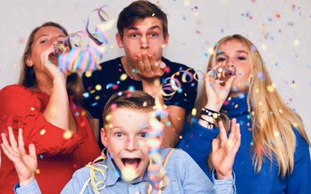 Cantar 'Happy Birthday' sería fuente importante de contagio de COVID-19 - Foto de Miguel Teirlinck @miguelteirlinck