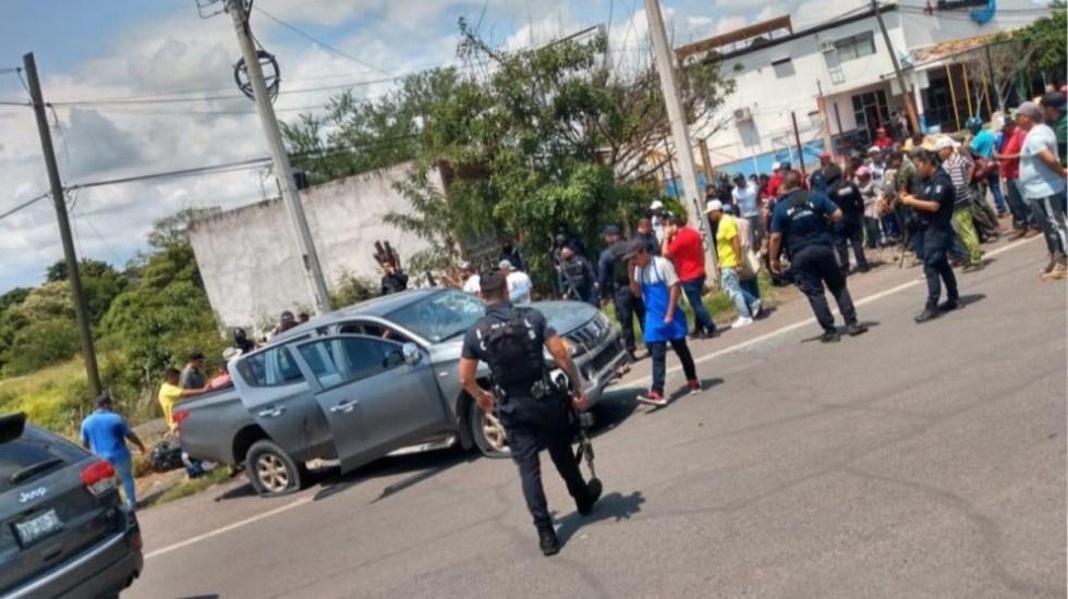 Enfrentamiento en Michoacán deja dos policías heridos y un presunto delincuente muerto - Movilización policiaca por enfrentamiento entre policías y presuntos delincuentes en Michoacán. Foto de Vivo Noticias
