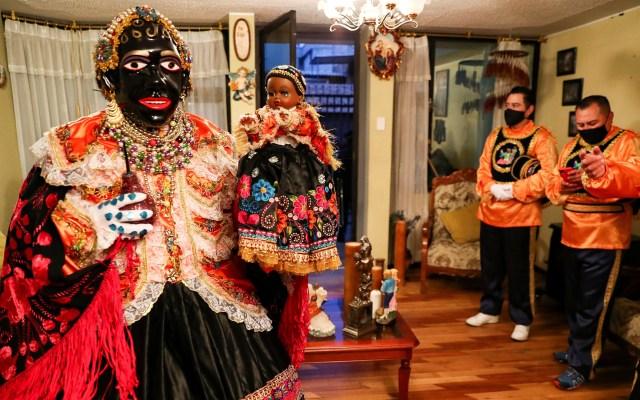 Piden a la 'Mama Negra' en Ecuador que ahuyente al coronavirus - Festejo de la Mama Negra, un particular rito mercedario de Ecuador que se celebra con total discreción, pero con una clamor fervoroso para que la Virgen de la Merced, ahuyente al coronavirus y sus secuelas de muerte. Foto de EFE