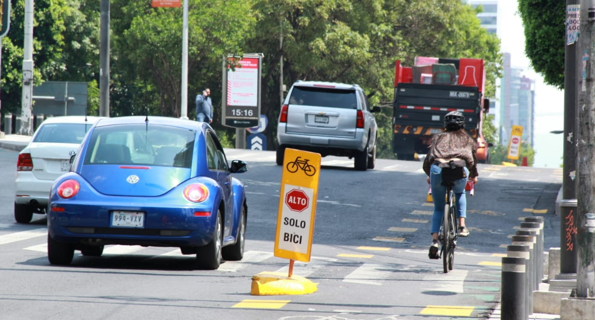 Semovi Insurgentes Ciclovía bicicletas