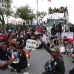 Los estudiantes mandan un mensaje al rey de Tailandia para reducir su poder - Tailandia protestas jóvenes