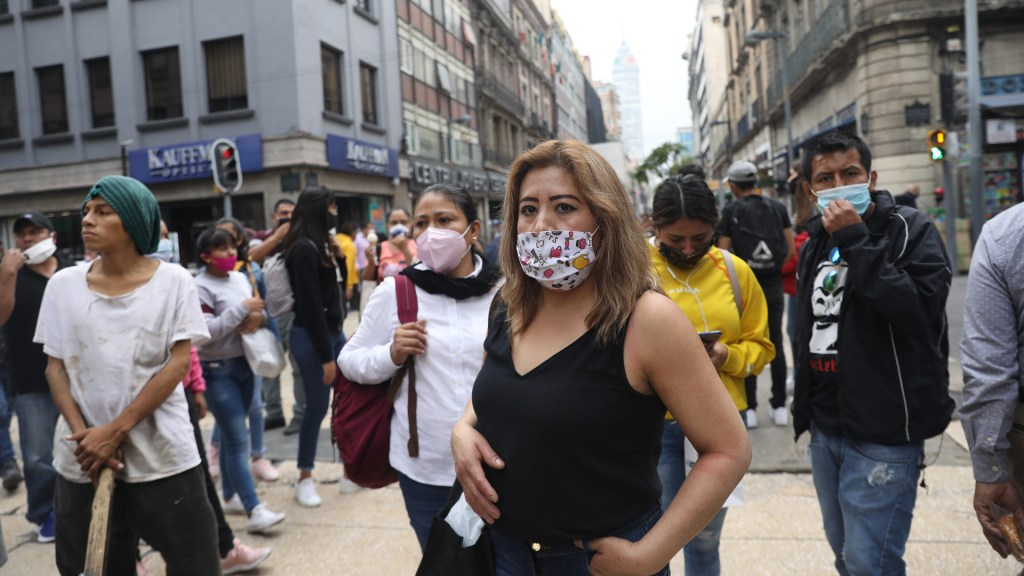 En las últimas 24 horas, México registra 4 mil 446 nuevos casos de COVID-19 y 560 muertes. Noticias en tiempo real