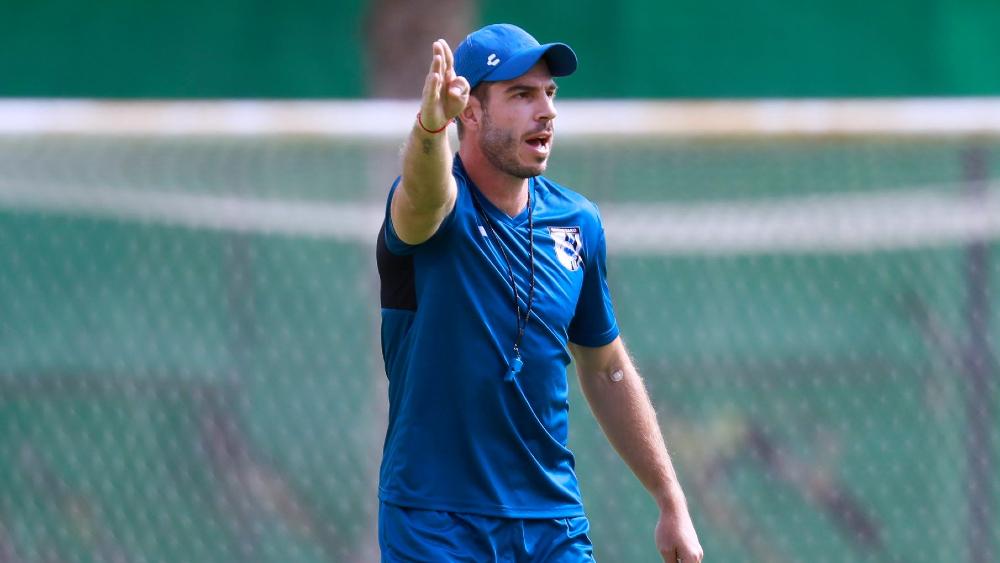¡Otro debut! Héctor 'Pity' Altamirano sería el nuevo técnico del Querétaro