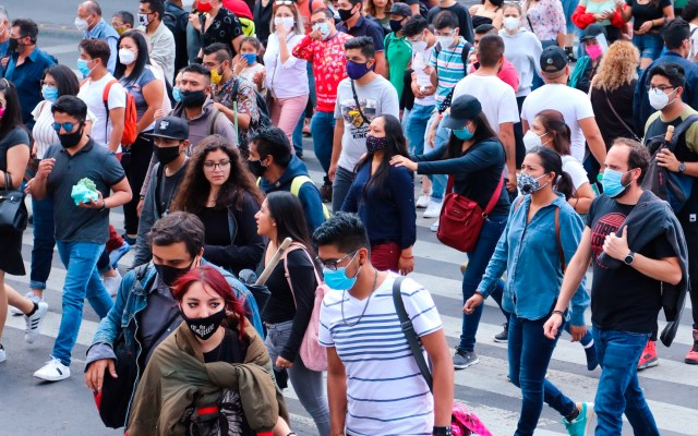"""México defiende con optimismo su rebote económico con pandemia """"bajo control"""" - Foto de EFE"""