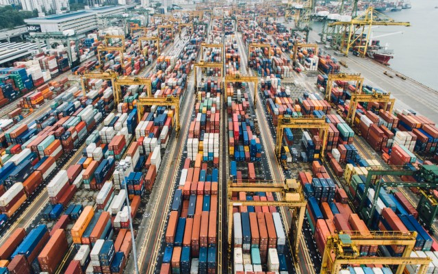 México y España abordan avance del Tratado Comercial entre México y la Unión Europea - Foto de CHUTTERSNAP para Unsplash