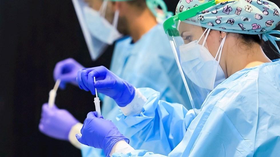 El mundo se acerca al medio millón de casos diarios por COVID-19 - COVID-19 coronavirus prueba test
