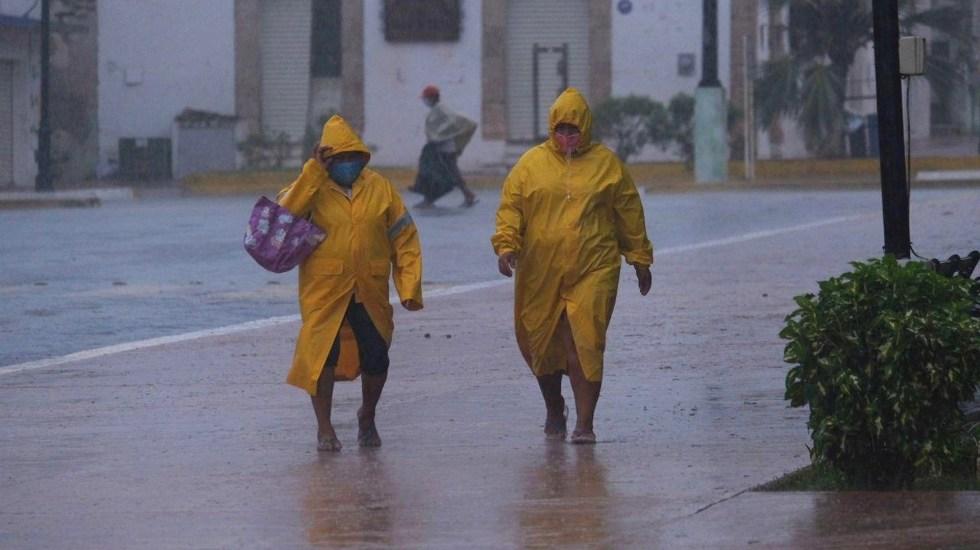 Delta se degrada a huracán categoría 1; provoca lluvias en Península de Yucatán y sureste de México - Delta Yucatán tormenta