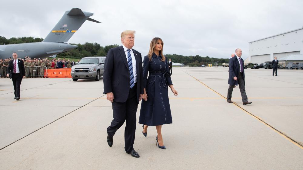 Familia de Trump dividida sobre si el presidente debería aceptar derrota electoral, señalan medios locales - Donald y Melania Trump. Foto de The White House
