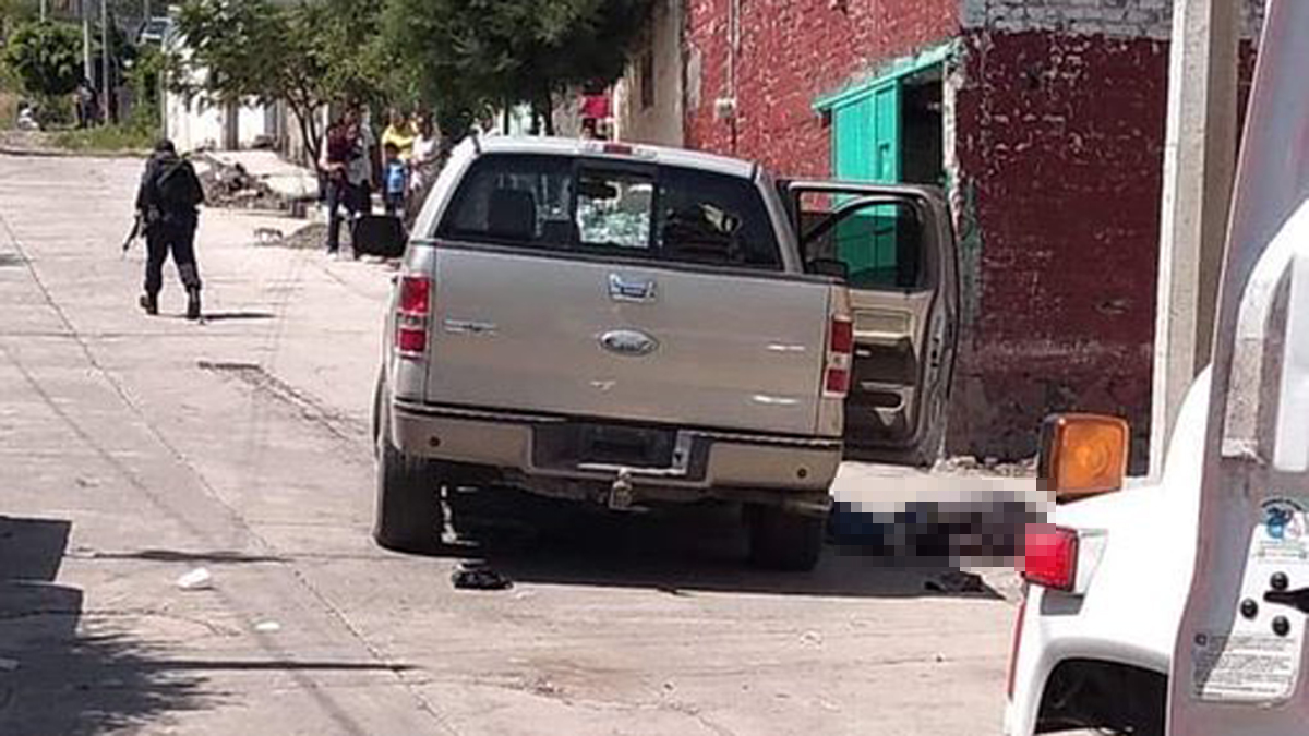 Hombres armados asesinan a 5 personas en funeral de Guanajuato