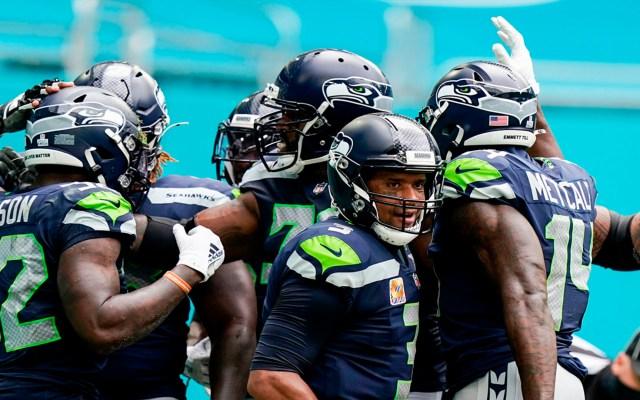 Seahawks vencen a Dolphins por 23-31; hilan cuatro triunfos seguidos - Halcones de Seattle hilan cuatro triunfos seguidos. @NFL