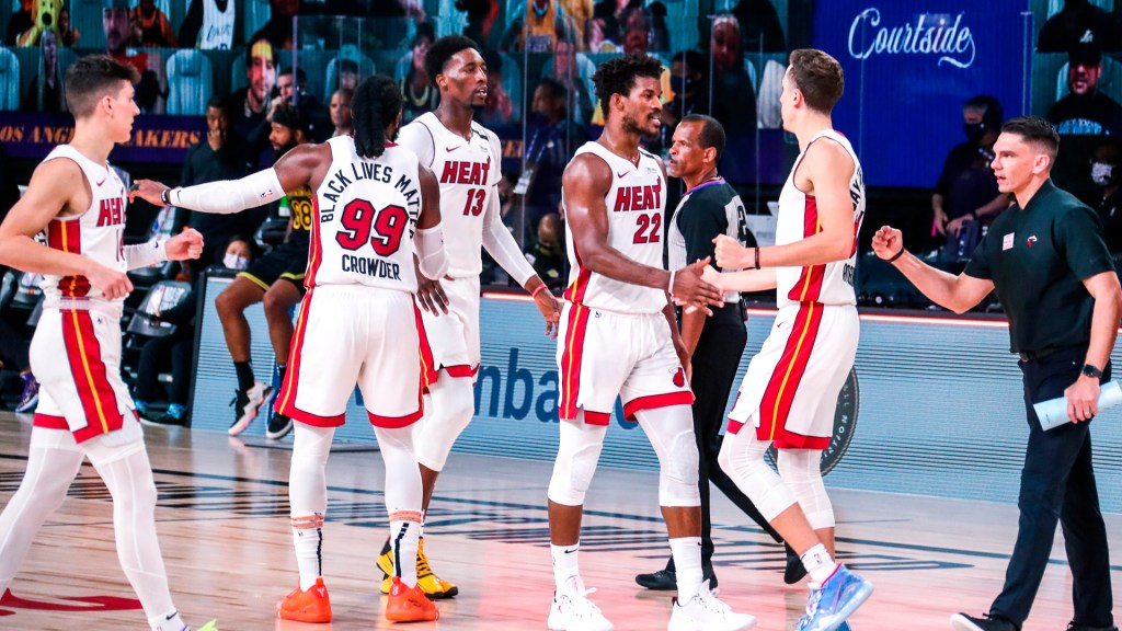 Heat de Miami derrotan por 111-108 a Los Angeles Lakers y obligan a jugar sexto partido - Foto @MiamiHEAT